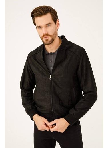 IGS Erkek Sıyah Regularfıt / Rahat Kalıp Dık Yaka Mont Siyah
